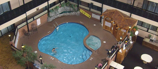 Indoor Pool at the Hampton Inn by Hilton at the Falls
