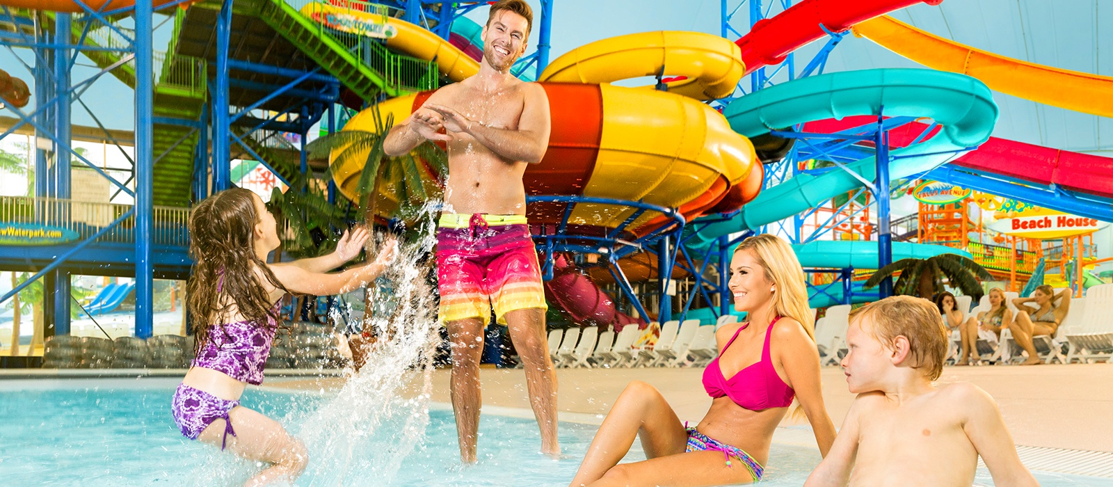Fallsview Indoor Waterpark Family by Wavepool